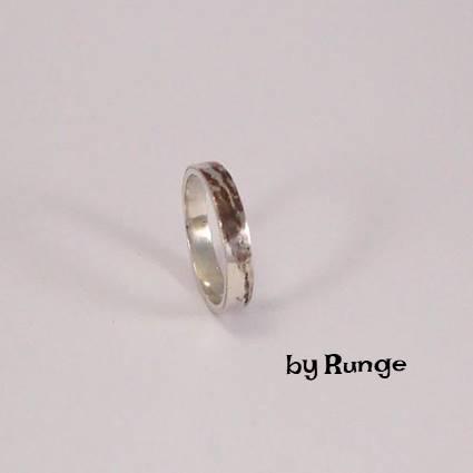 Lille ring med kobber effekt